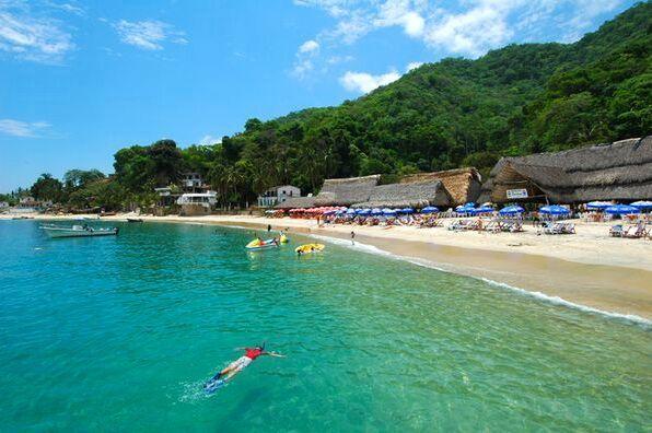 Playa Las Animas Puerto Vallarta Yachts