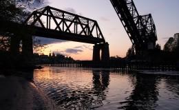 train-bridge-at-ballard-locks