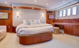 70-Viking-Luxury-Yacht-18-1