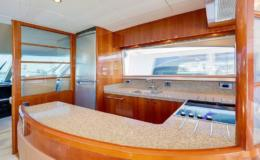 70-Viking-Luxury-Yacht-21-1